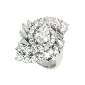 Sortija de oro blanco y diamantes. LARRA1488