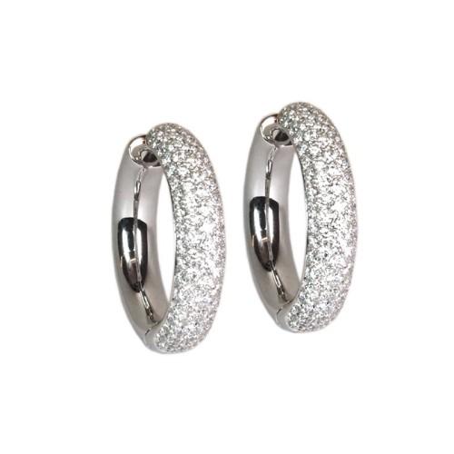 Pendientes de oro blanco y diamantes. LARRAP0816