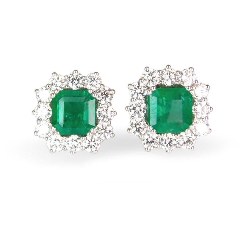 Pendientes de oro blanco, esmeraldas y diamantes. LARRAP1116