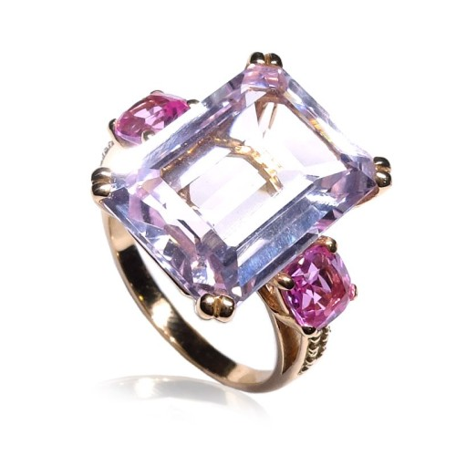 Anillo oro rosa con piedra rosa y diamantes B01500029