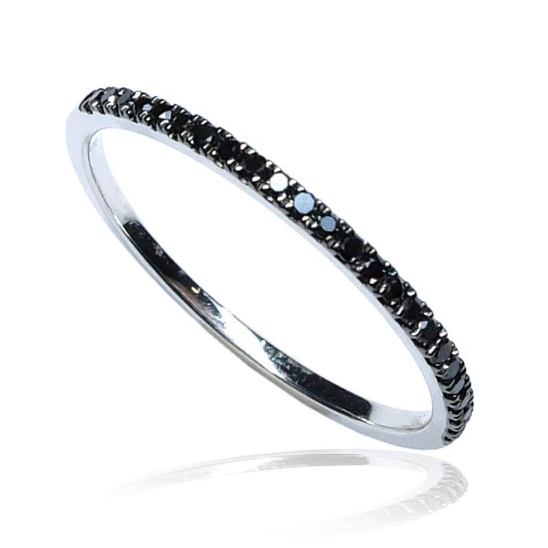 Anillo oro blanco y diamantes negros B01101859