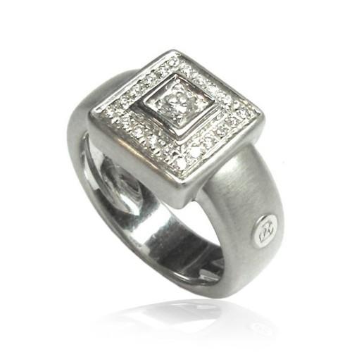 Anillo oro blanco y diamantes. B01100195