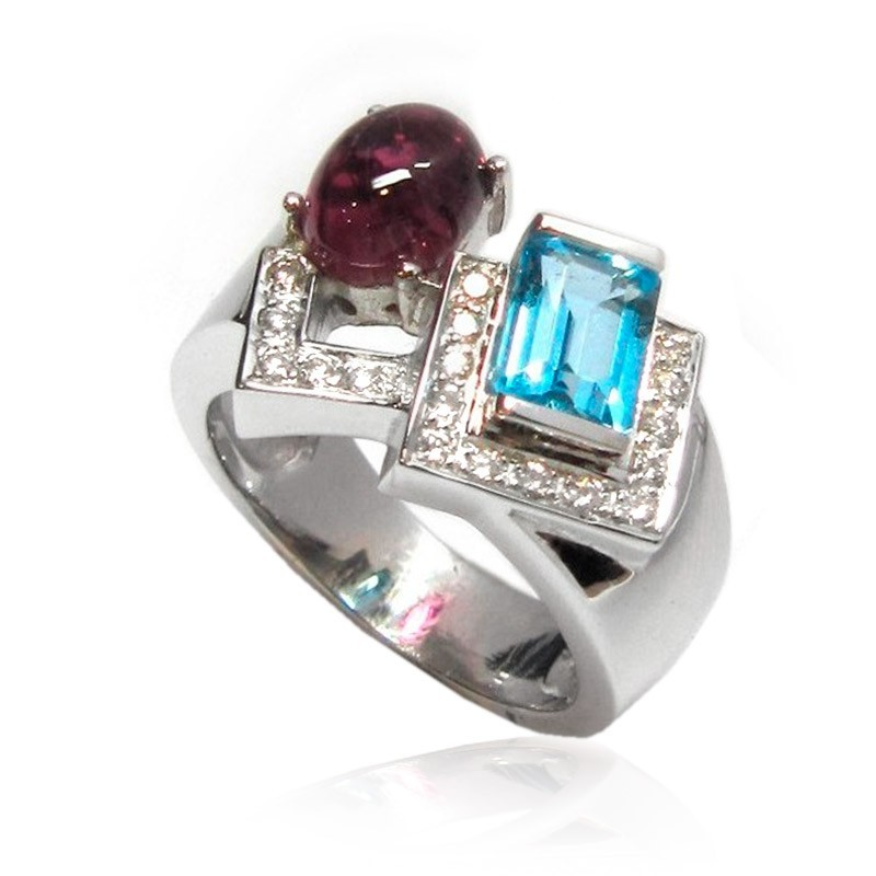 Sortija de oro blanco y diamantes y turmalinas B01500025