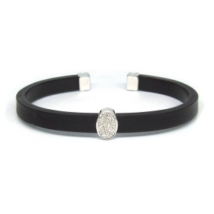 Pulsera caucho, oro blanco y diamantes.  C01100093