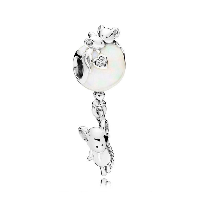 Pandora ratón y globo
